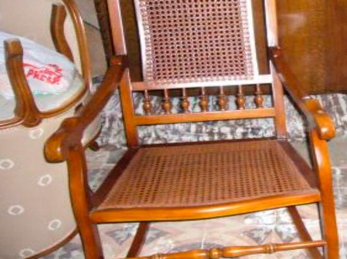 Restaura tus antiguas sillas de rejilla cosida